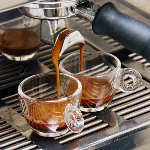 Coffee_Espresso_from_portafilter